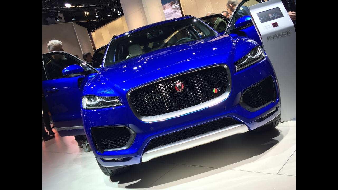 Frankfurt: Jaguar mostra versão final do F-Pace que chega ao Brasil em 2016