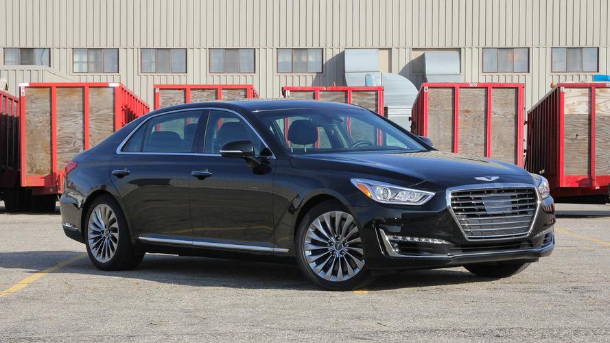 Hyundai diz que BMW e Mercedes gastam demais com tecnologias inúteis