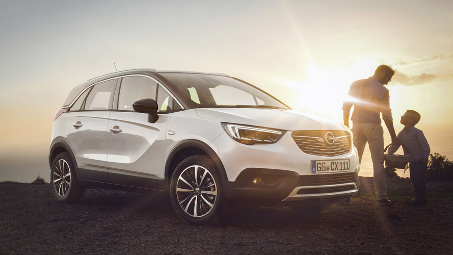 Opel Crossland X is slightly cheaper than Peugeot 2008