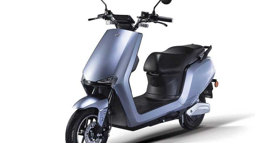 Urban Mobility Made Simple: Bgaus A2 And B8 Electric Scooters