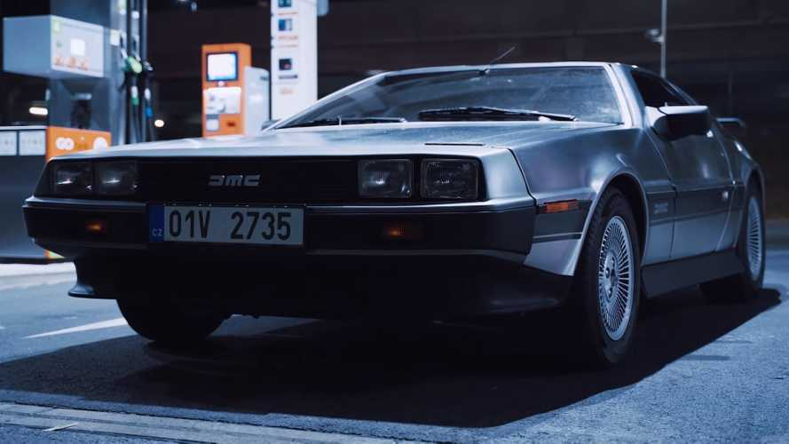 DeLorean DMC-12 Night Cruise Film Has Big Back To The Future Vibes