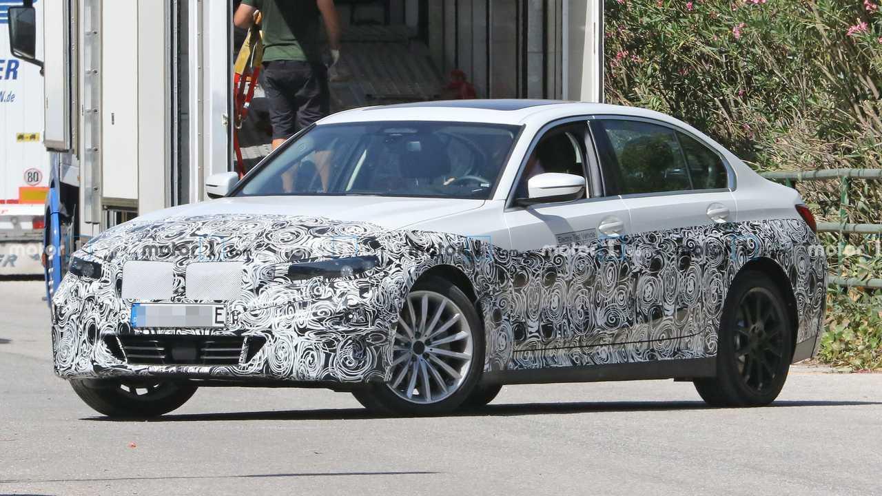 Flagra - BMW Série 3 elétrico - destaque