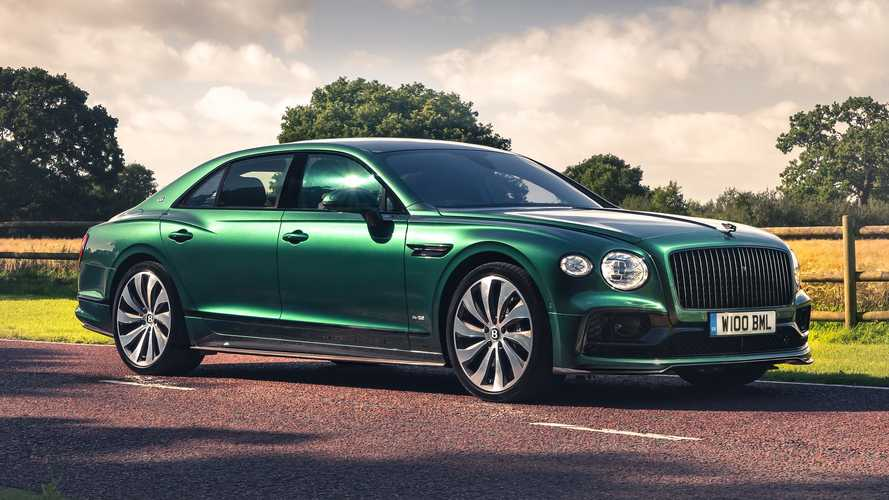 Bentley Flying Spur, spunta il body-kit in fibra di carbonio