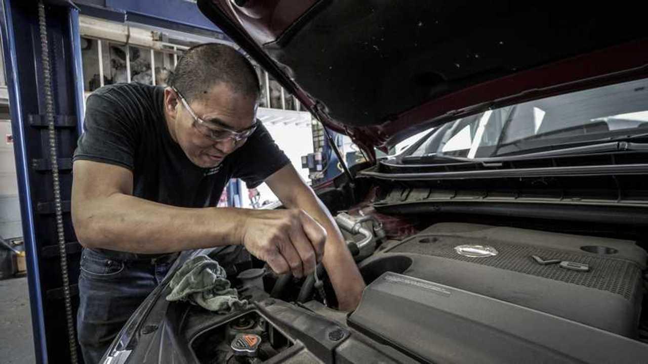 Agenzie pratiche auto, concessionari, ricambi: cosa apre il 4 maggio
