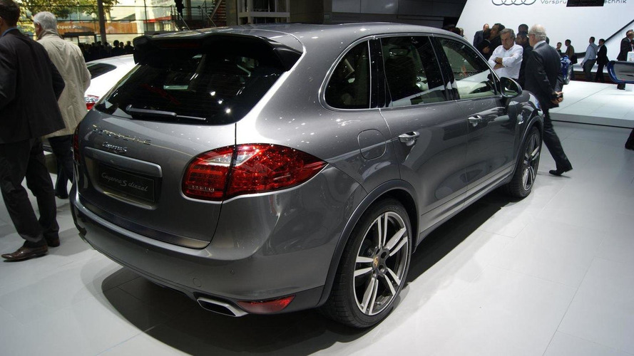 Porsche Cayenne S Diesel unveiled in Paris