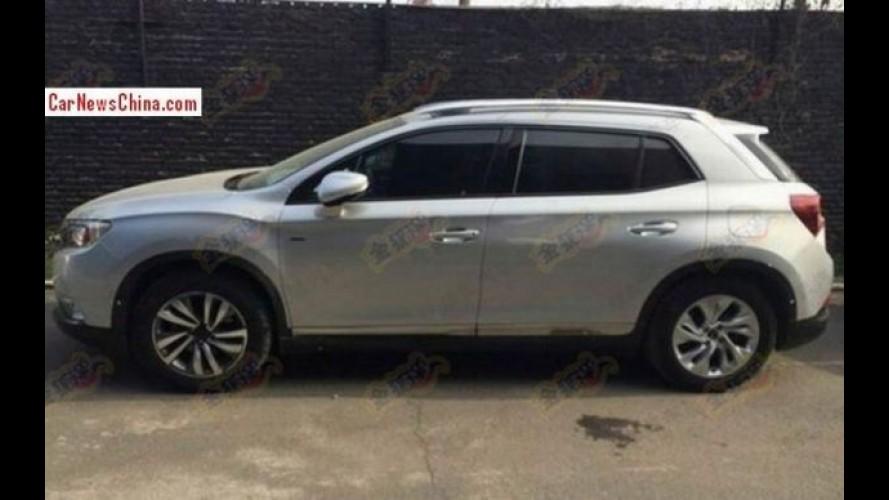 Flagra: Citroën DS6 WR aparece na rua sem camuflagem alguma