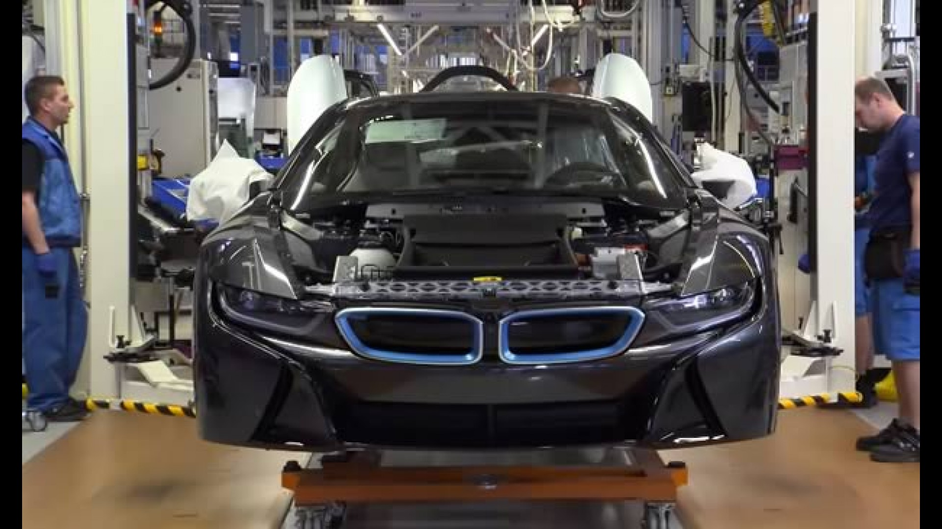 Bmw I8 Video Mostra Como O Superesportivo Hibrido E Produzido