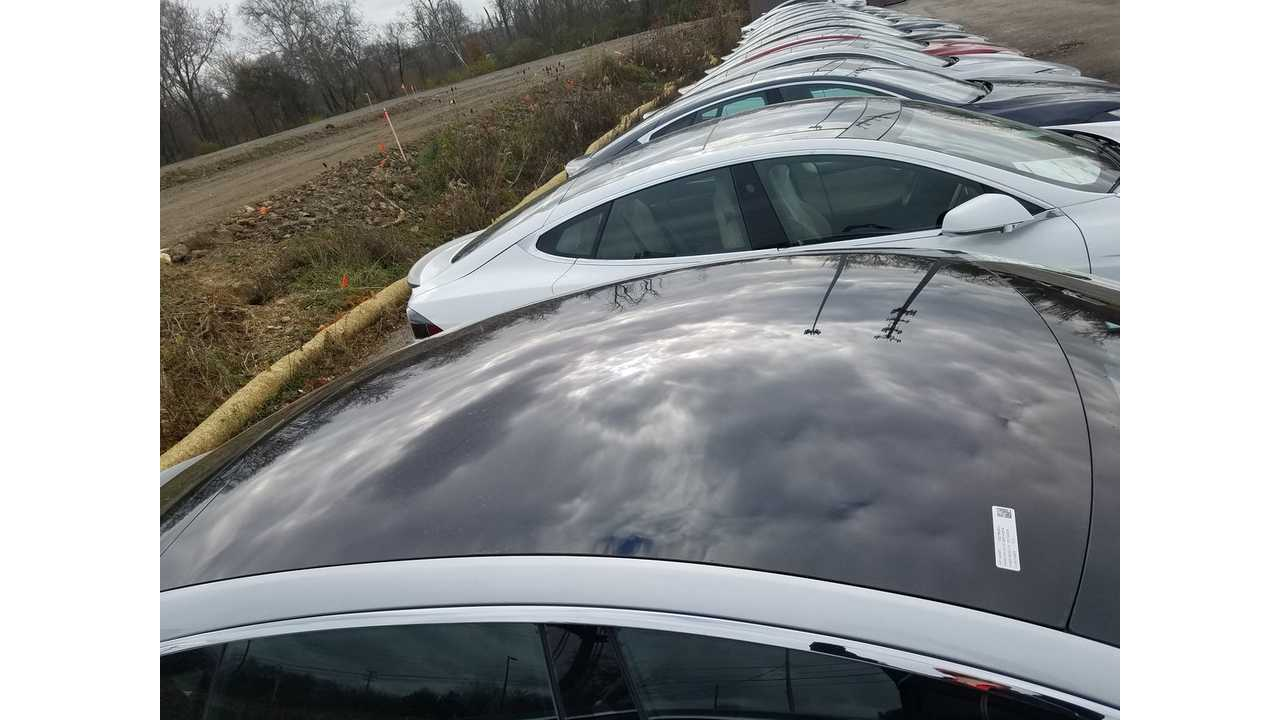 Quick Videos + Images Of New All-Glass Roof Option On Tesla Model S