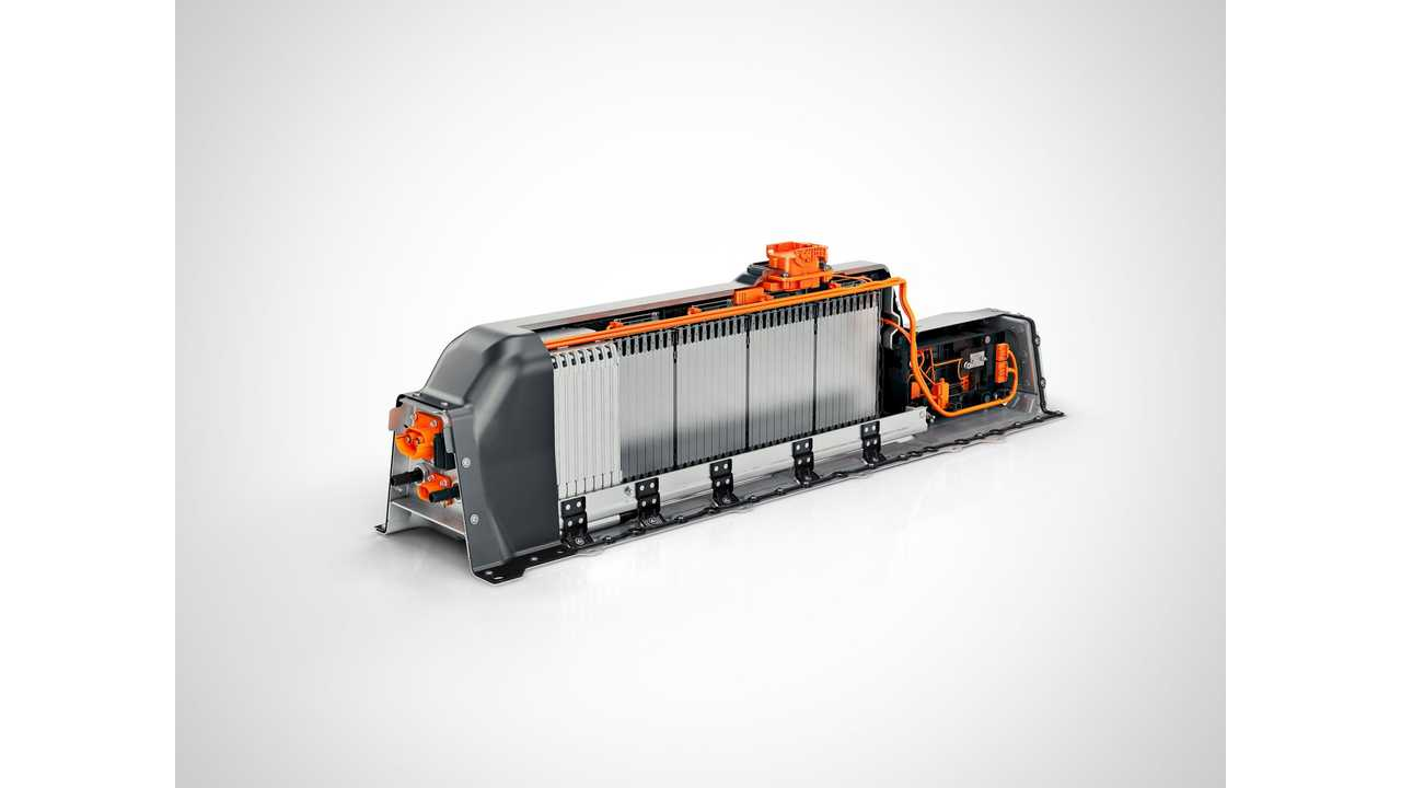 Volvo: T5 Twin Engine Lithium-ion battery - exposed interior view