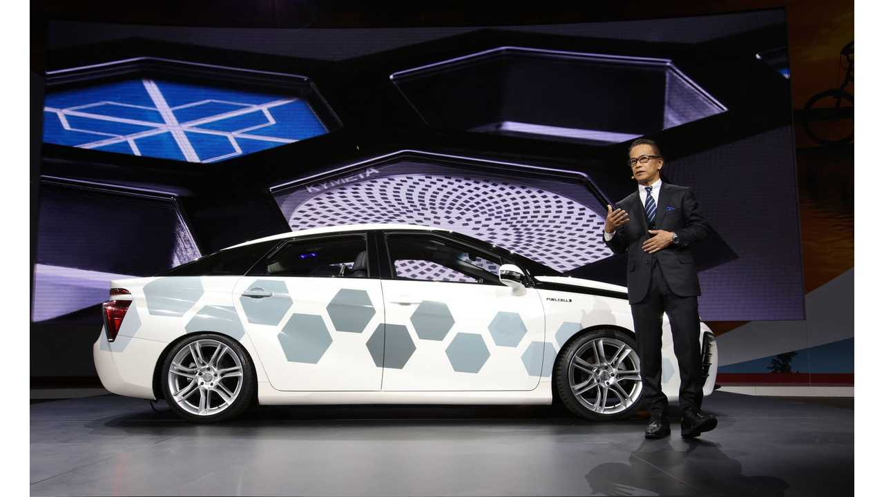 Toyota Mirai With Satellite Communications On Display At 2016 NAIAS