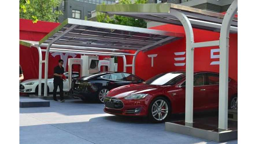 Tesla Motors Shows Off China's First Solar Supercharger With An Energy Storage System