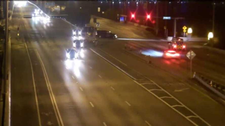Tesla Runs Red Light At 128 MPH, Smashes Into Infiniti SUV: Video