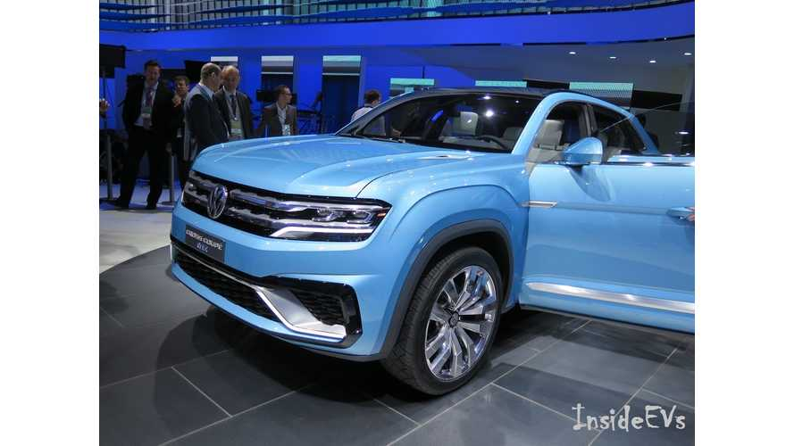 Volkswagen Cross Coupe GTE - Live Images + Video