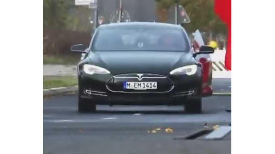 Tesla Model S P85D Zips Down Runway In Berlin - Video