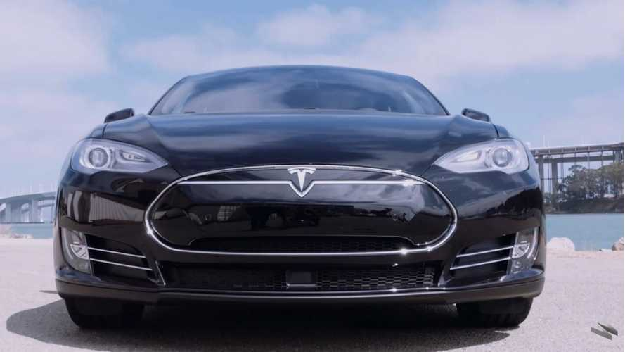 Tesla Model S P90D Review And Test Drive - Video
