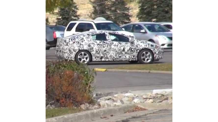 The Fast Lane Car Tracks Down The 2016 Chevy Volt - Video