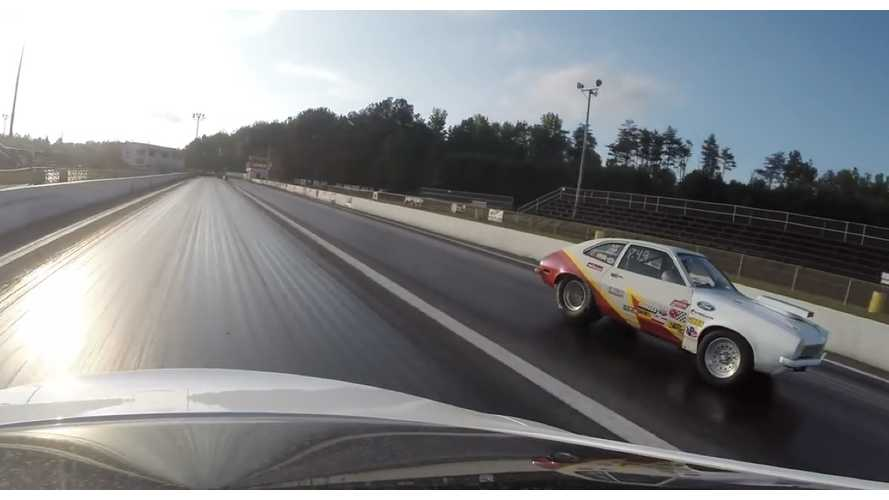 Tesla Model S P85D Challenges Muscle Cars In 1/8-Mile Drag Races - Video