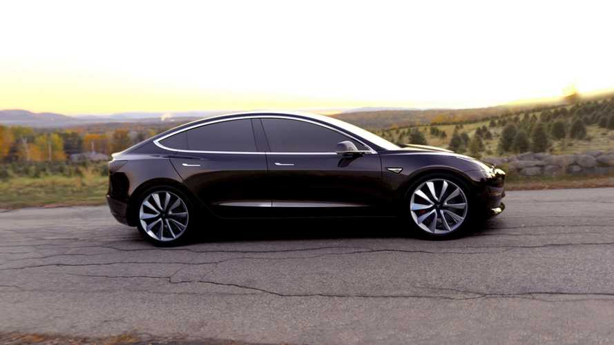 Bob Lutz Says Tesla Model 3 Has Excellent Fit And Finish