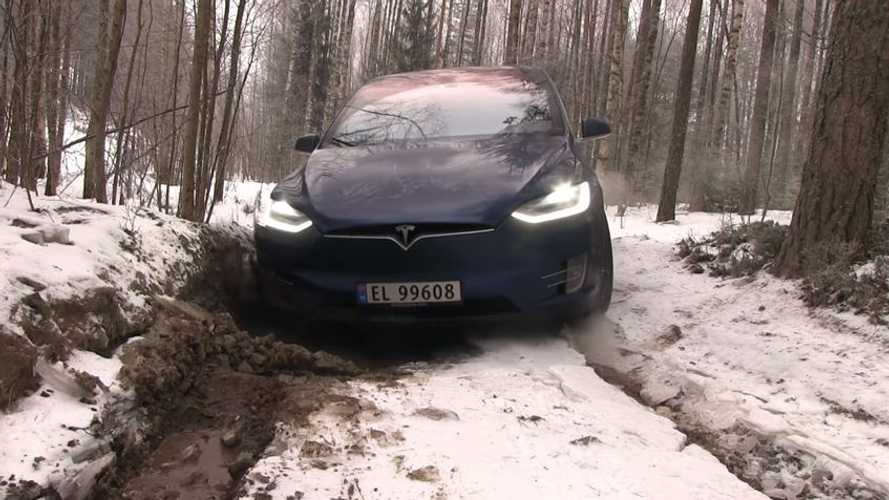 Bjørn Nyland Ruins His Tesla Model X Winter Off-Roading - Video