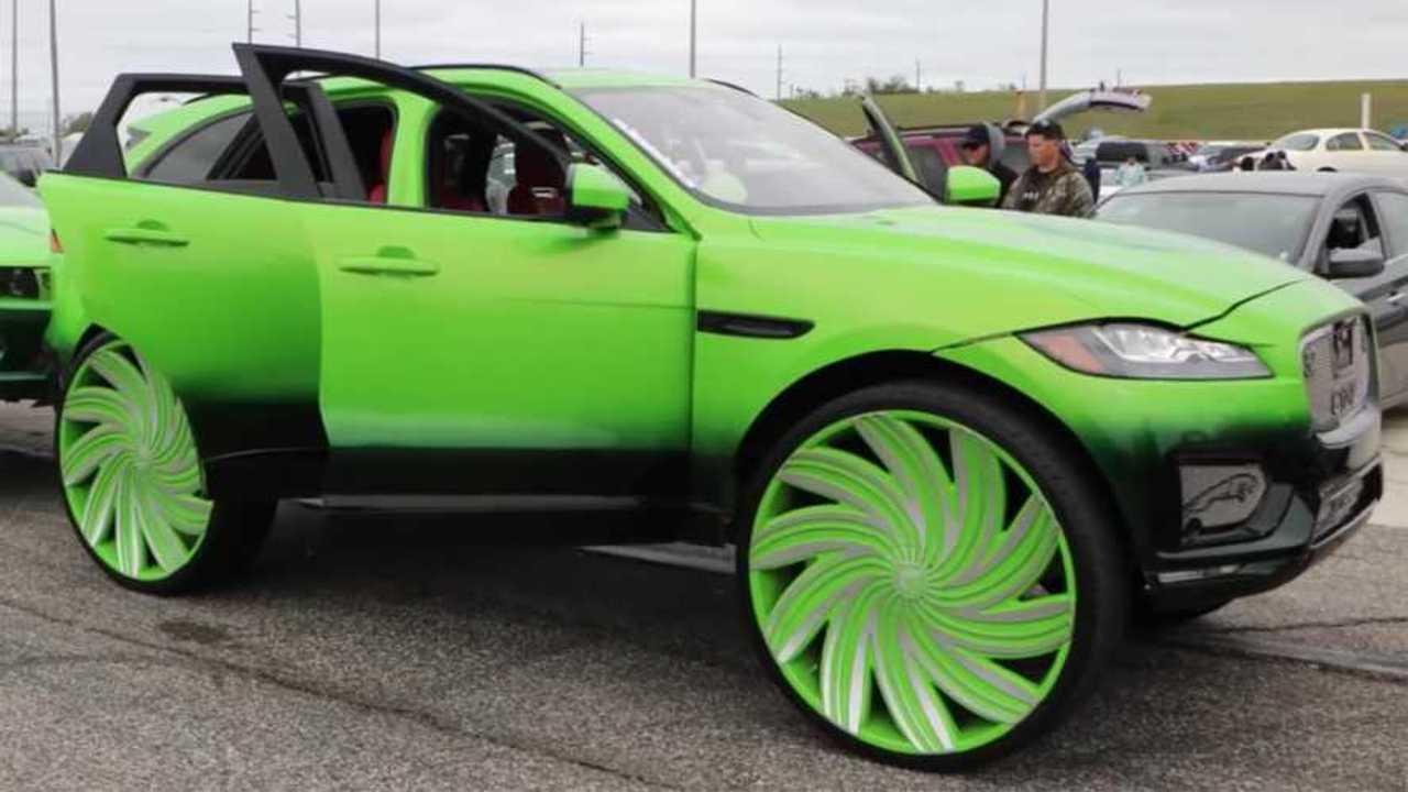 Jaguar F-Pace On 32-Inch Wheels
