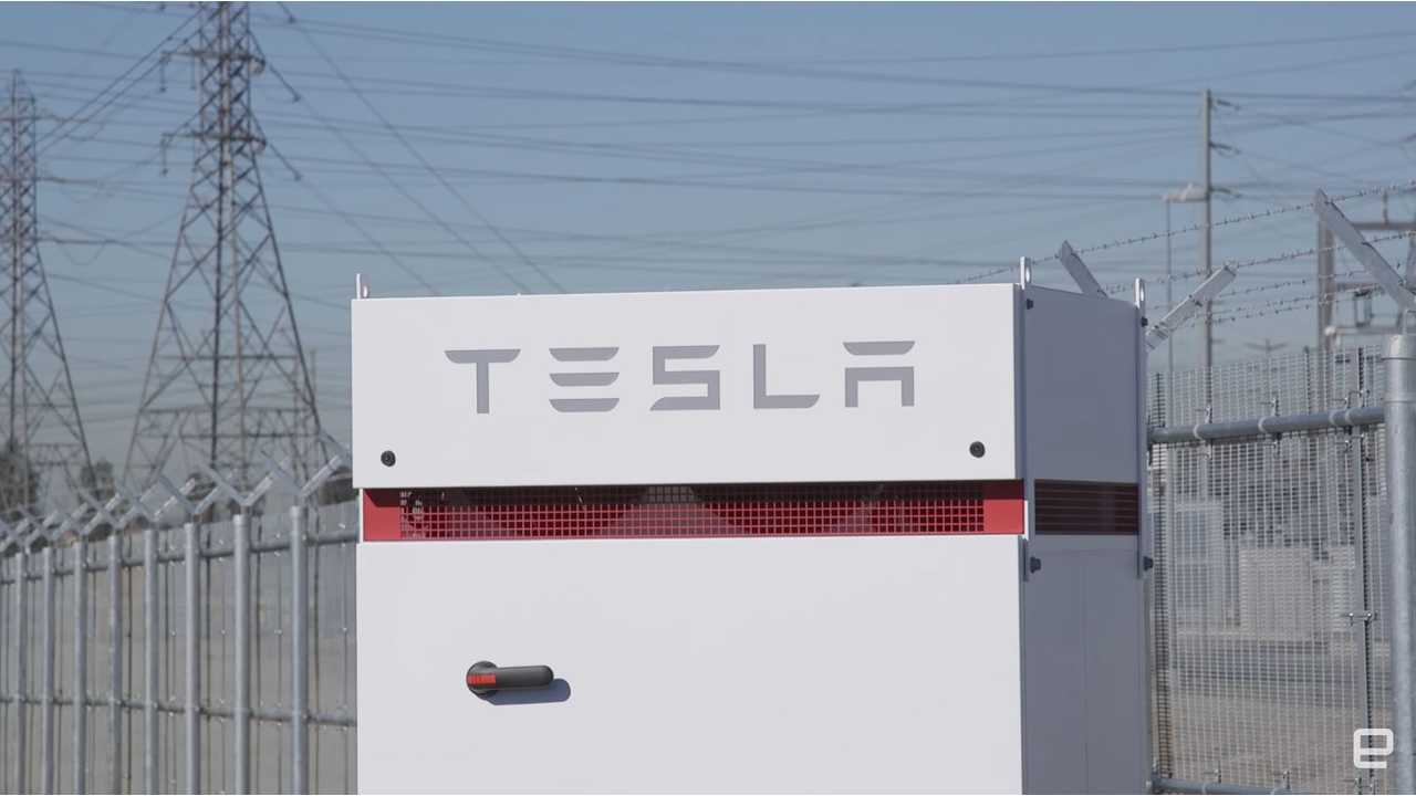 Engadget Takes Us Inside The World's Largest Tesla Powerpack Installation - Video