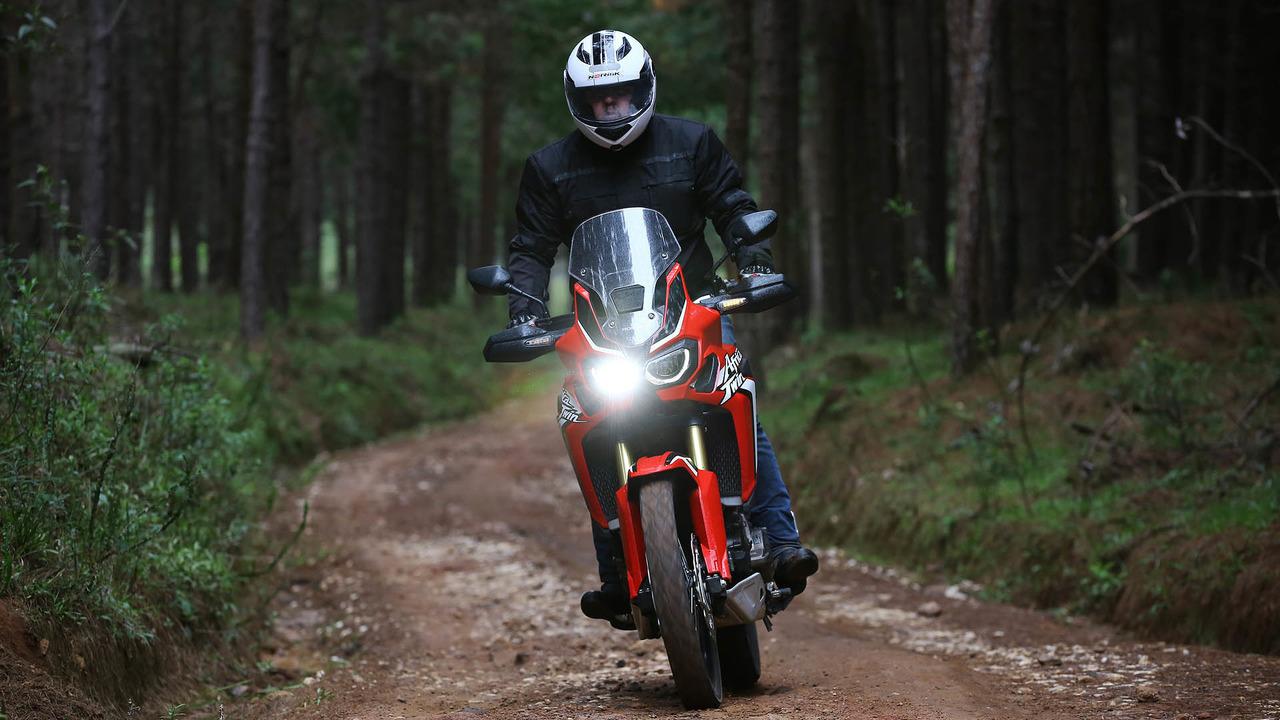 Por Que Comprar Honda Crf 1000l Africa Twin E Big Trail Raiz E Facil De Domar