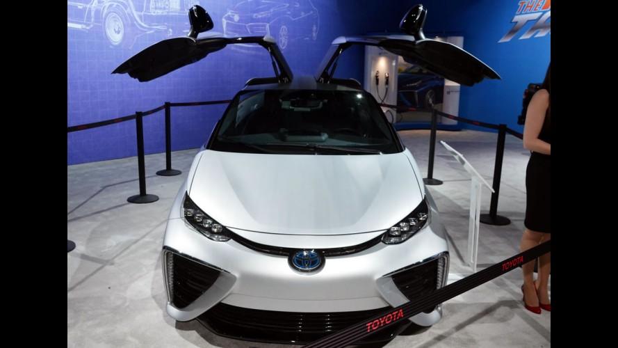 """Toyota mostra Mirai """"De Volta Para o Futuro"""" em Los Angeles"""