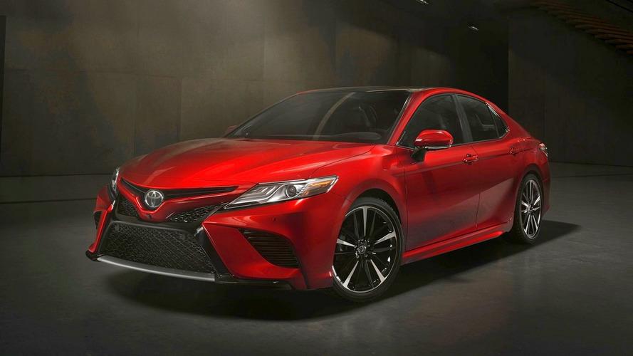 Novo Toyota Camry chega ao Brasil até janeiro de 2018