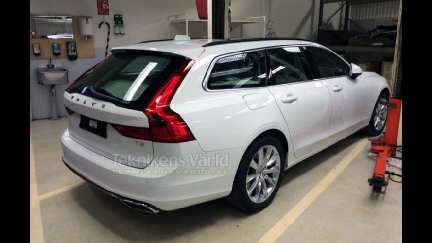 """Flagra: perua Volvo V90 aparece """"pelada"""" antes da estreia"""
