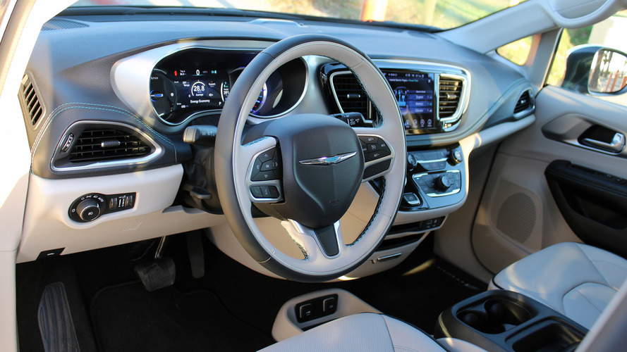2017 Chrysler Pacifica Hybrid: First Drive