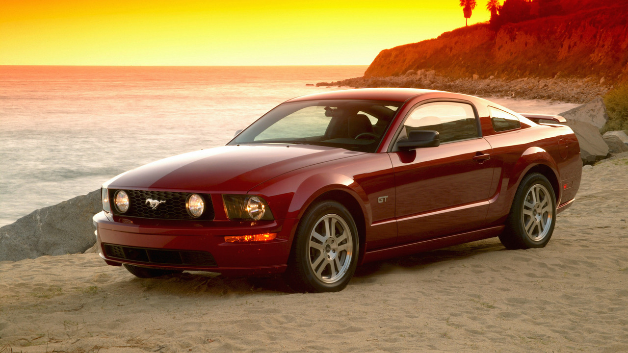 2008 Ford Mustang GT: $9,300