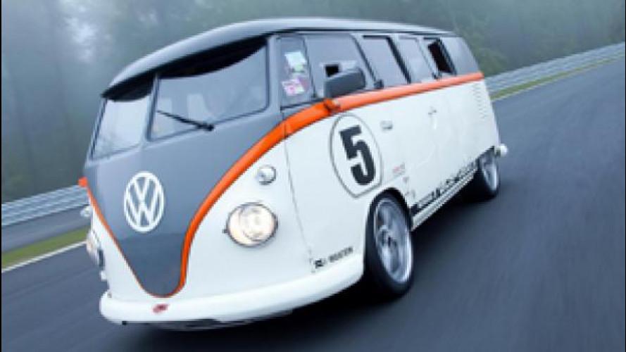Volkswagen Bulli T1, sotto il vestito c'è una Porsche