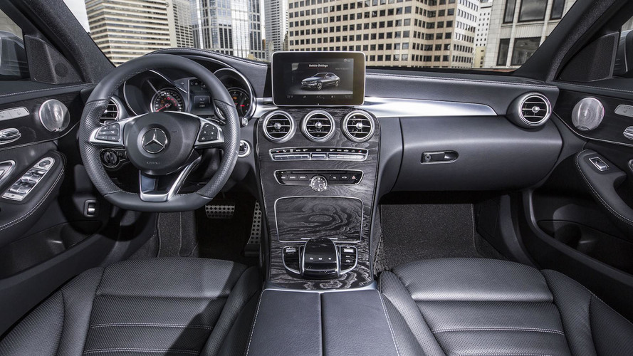 Mercedes-Benz C300 Interior