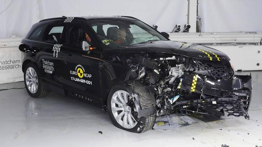 Jelesre vizsgázott töréstesztjén a Range Rover Velar