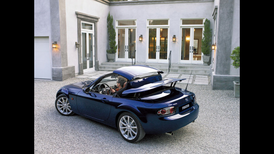 Mazda MX-5 Roadster Coupé in arrivo