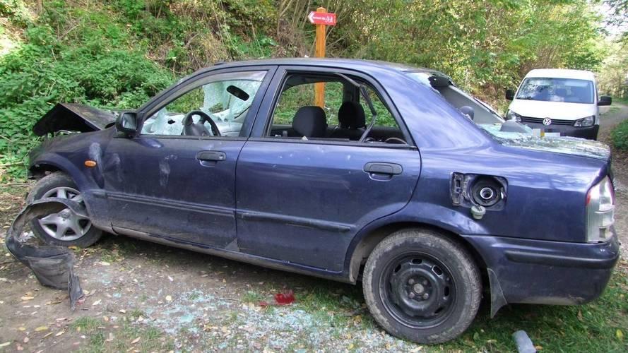 Így néz ki az autó, amit egy fejszével vertek szét Zala megyében