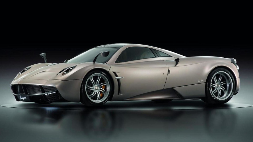 Pagani planning Huayra SE with removable track-focused body kit