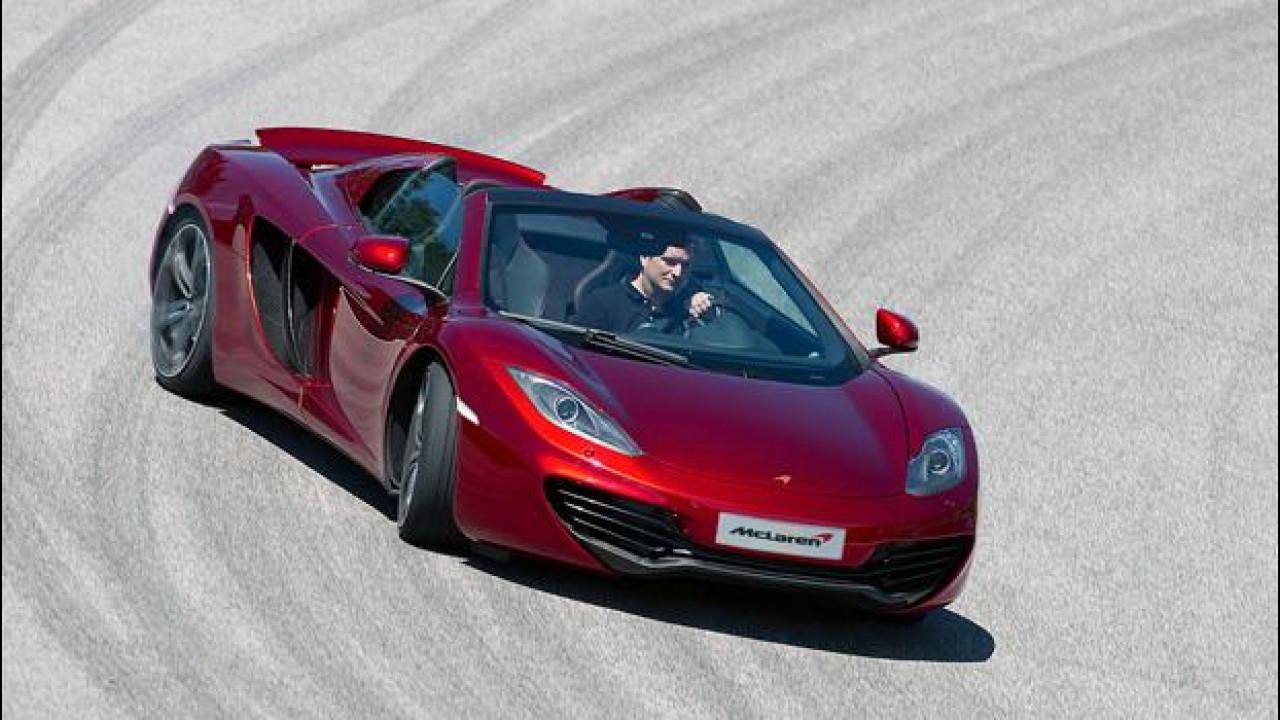 [Copertina] - McLaren MP4-12C, l'auto più veloce del pensiero