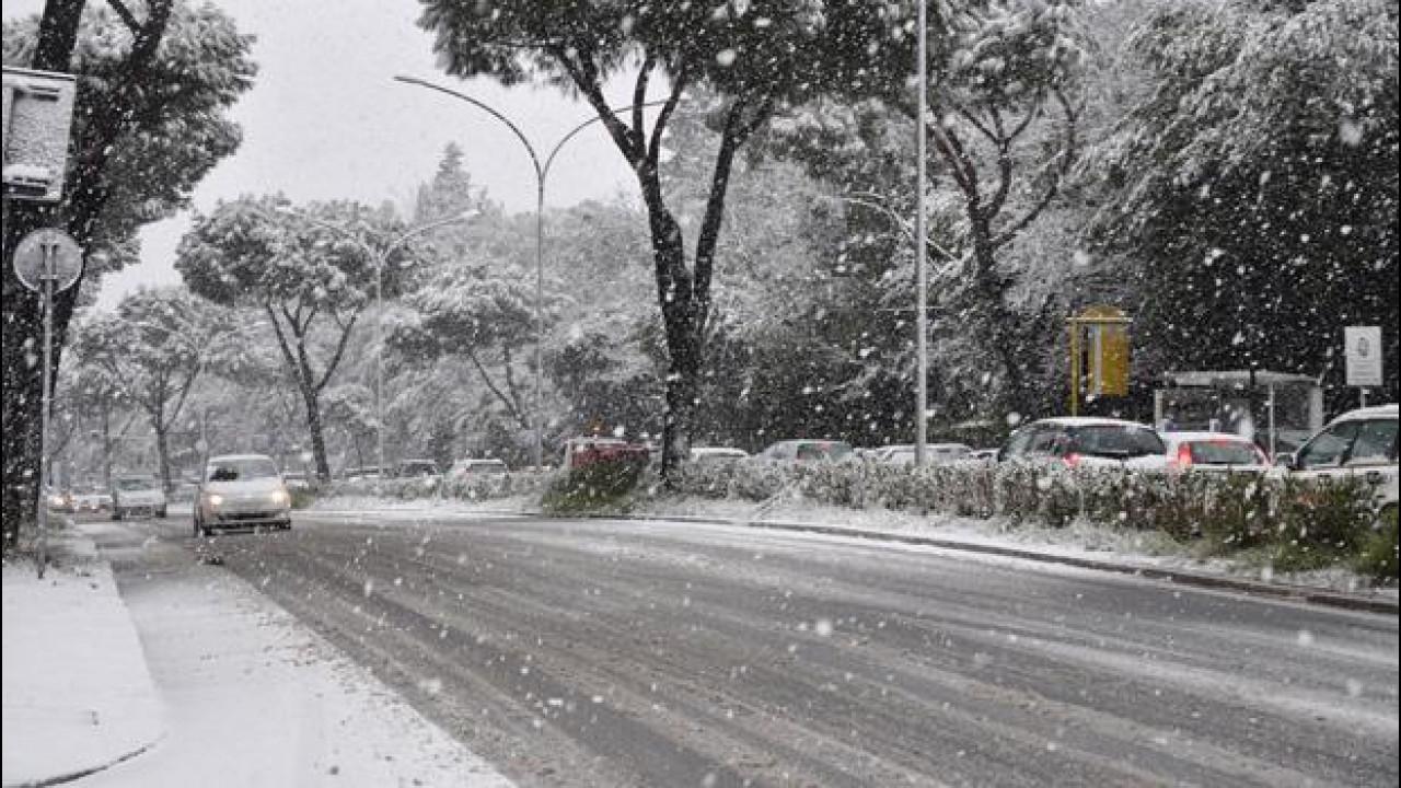 [Copertina] - Previsioni meteo: l'inverno 2015 sarà polare anche per gli automoblisti?