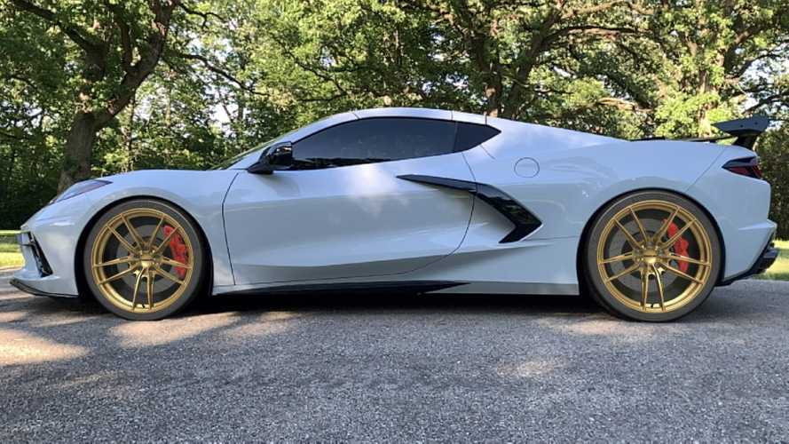 Aerolarri App Lets You Drive Sports Cars In AR, Try On New Wheels