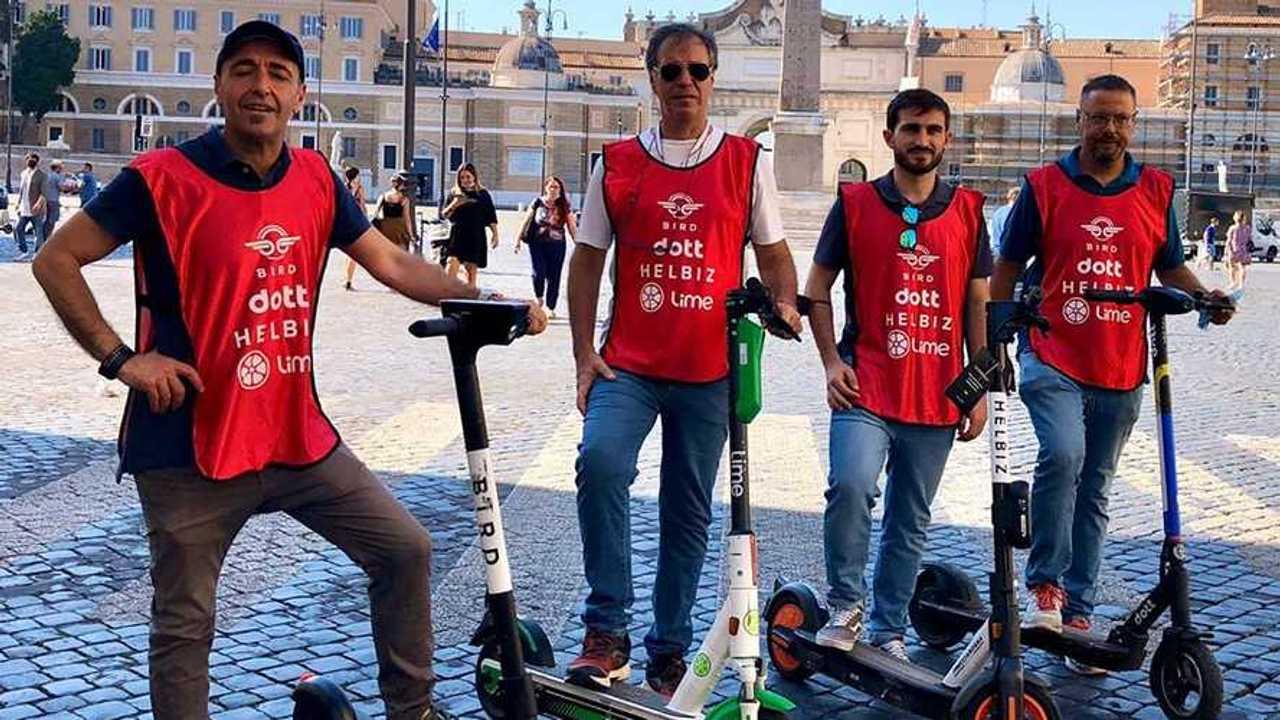 Roma: Virginia Raggi vuole steward per i monopattini elettrici