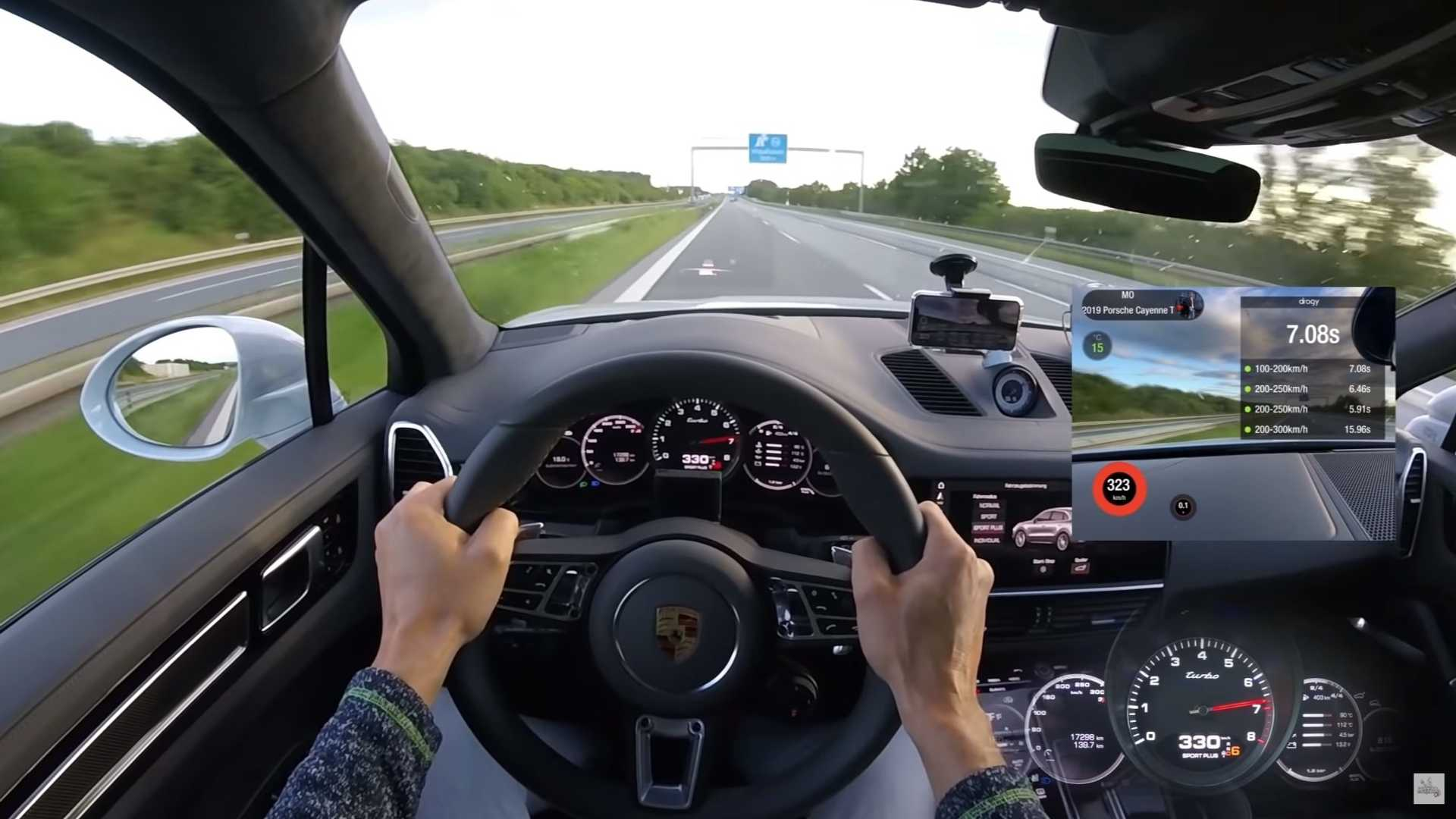 962-Horsepower Porsche Cayenne Turbo Hits 207 MPH On The Autobahn