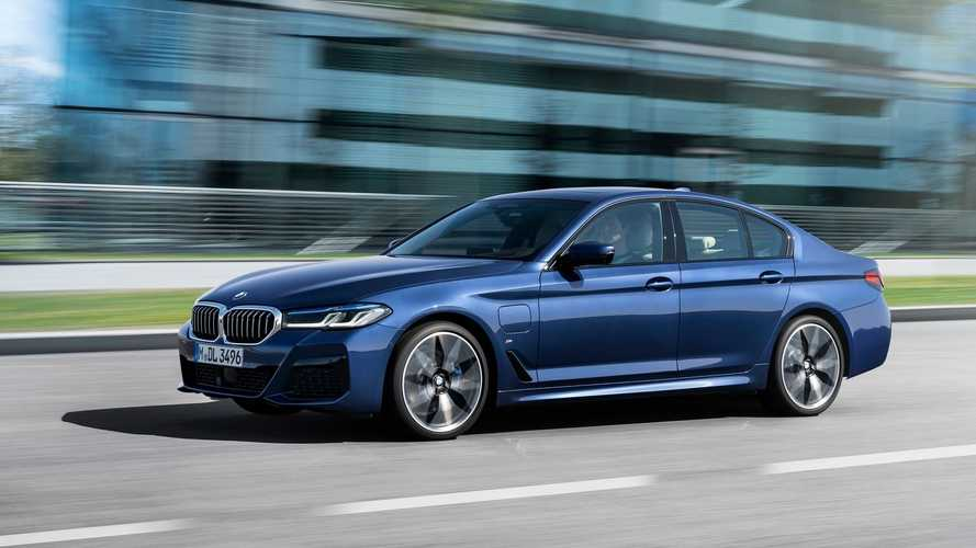 BMW Will Soon Introduce Its 545e xDrive PHEV