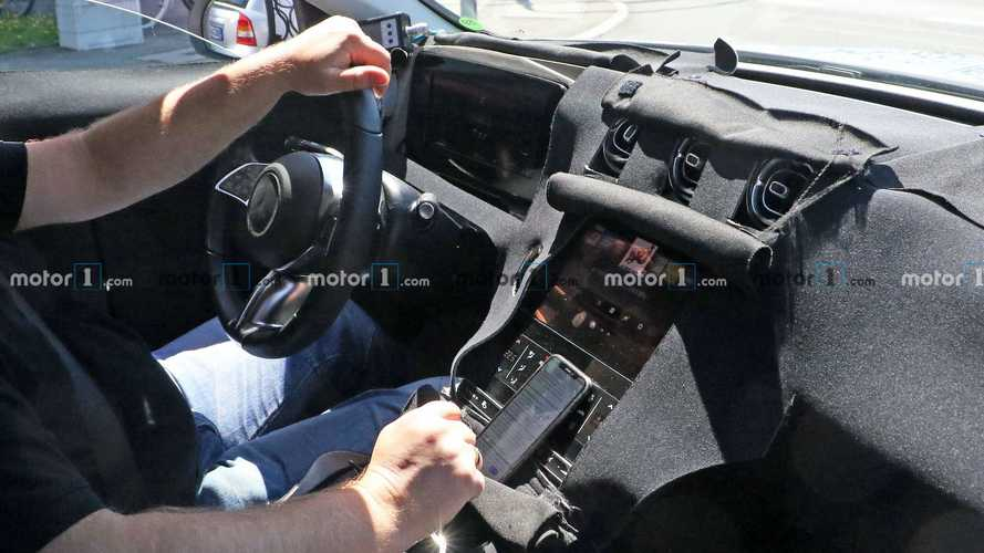 Mercedes C-Class Wagon Spy Shots (With Interior)