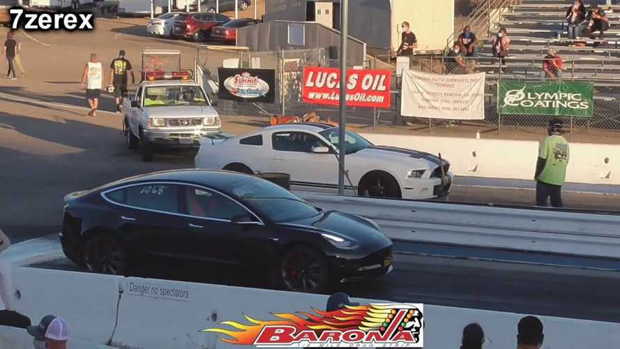 Watch Tesla Model 3 Drag Race Ford Mustang GT500