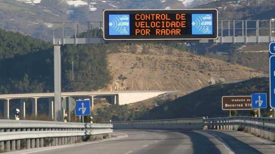 La DGT quiere seguir bajando la velocidad en vías secundarias