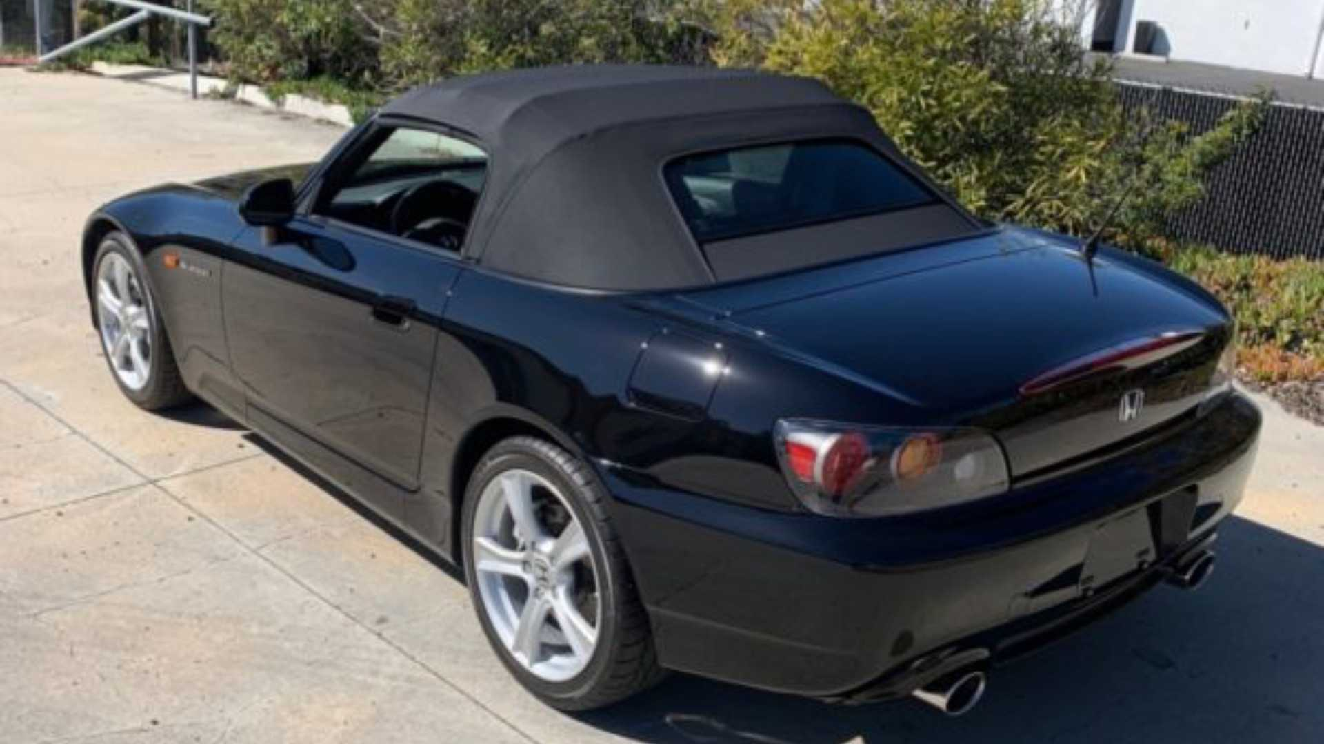 "[""Honda S2000 Pulling In Huge Bids""]"