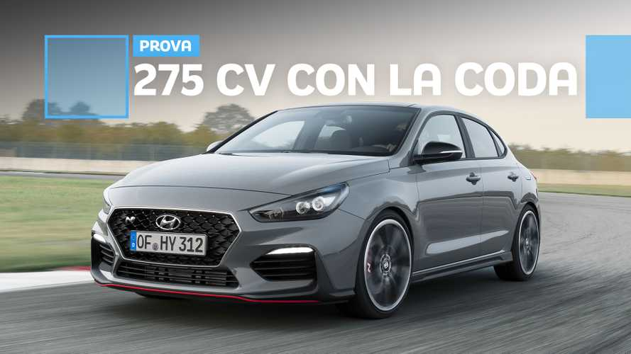 Hyundai i30 Fastback N Performance, hot hatch formato famiglia