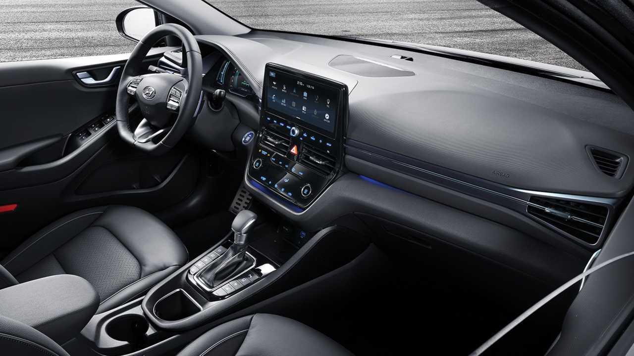 Hyundai Ioniq hybrid and plug-in hybrid