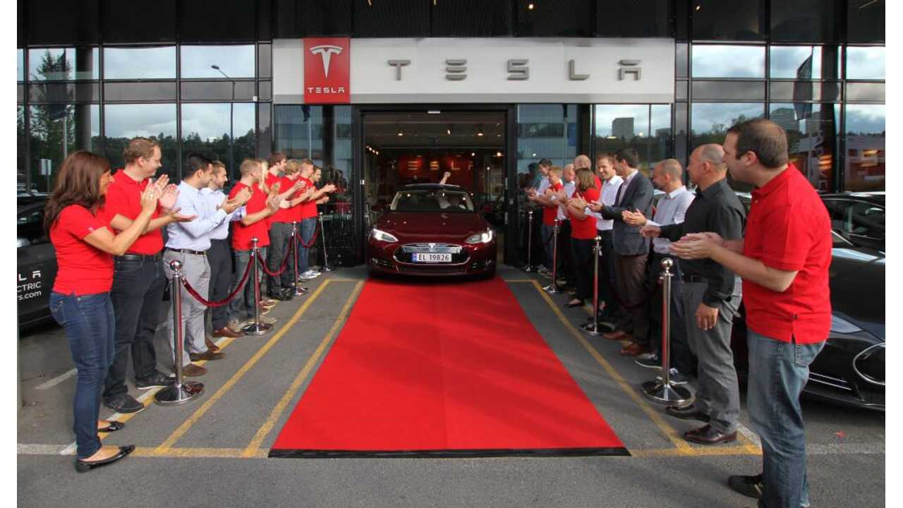 First Europe Model S Delivered In Oslo, Norway
